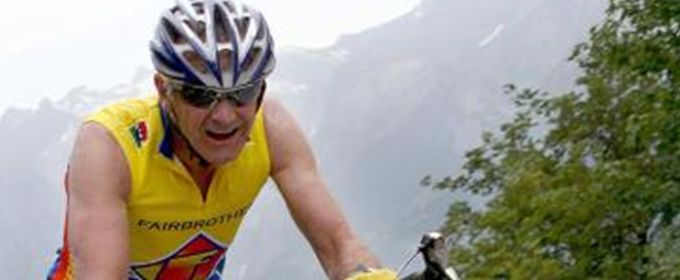 Former mountain bike world champ faces Games chairman in Masters time trial